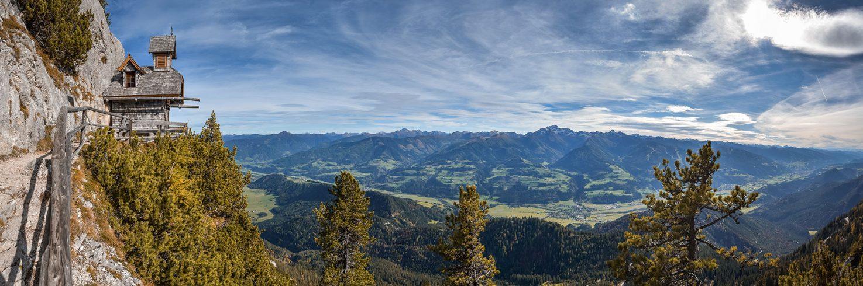 Bild der Region rund um Mixnitz in der Steiermark, in der die Naturwelten Steiermark liegen